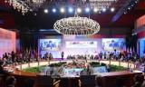 越南政府总理圆满结束出席第31届东盟峰会及系列会议之行