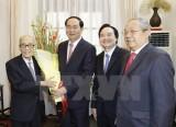 Chủ tịch nước gửi lẵng hoa chúc mừng các nhà giáo lão thành
