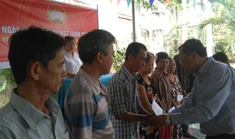 Ngày hội đại đoàn kết toàn dân tộc ở các khu dân cư: Củng cố vững chắc khối đại đoàn kết toàn dân tộc