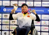 Tung wins silver medal at world champs