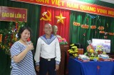 Warm affection between army and people on Truong Sa