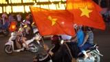 Phố phường Bình Dương ngập tràn cờ đỏ sao vàng mừng U23 Việt Nam chiến thắng