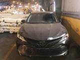 Toyota Camry thế hệ mới đầu tiên về Việt Nam giá gần 2,5 tỷ
