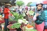 Sau tết, hàng hóa thực phẩm dồi dào, giá cả ổn định
