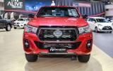 Toyota Hilux 2018 diện mạo mới, giá từ 21.700 USD