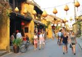 Thị trường du lịch dịp lễ 30-4: Tour ngắn ngày hút khách