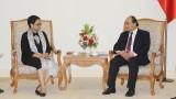 越南政府总理阮春福会见印尼外交部长蕾特诺•马尔苏迪