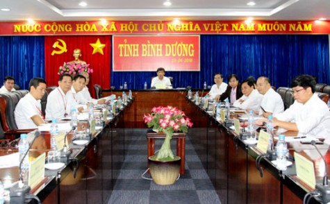 Hội nghị trực tuyến tìm giải pháp tổng thể thúc đẩy xuất khẩu