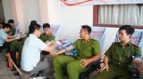 Đoàn Thanh niên Cảnh sát PC&CC hiến máu tình nguyện