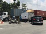 Xe tải tông liên hoàn 2 ô tô, 5 người may mắn thoát chết