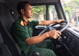 Người lính lái xe mẫu mực