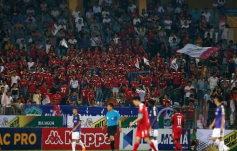 Bóng đá Việt Nam:  Tín hiệu tích cực từ khán đài