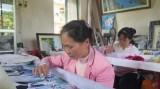 海阳省努力振兴传统刺绣业