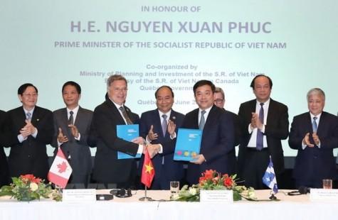 Vietnam, Canada sign cooperation memoranda