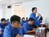 平阳省企业界共青团举行2018年前6个月团、会工作及青年活动初步总结会议