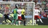 Lewandowski im tiếng, Ba Lan gục ngã trước Senegal