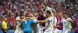 Tứ kết World Cup 2018: Chia nửa giấc mơ vàng…