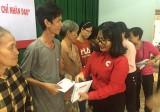 Hội Chữ thập đỏ tỉnh: Trao tặng 500 phần quà cho các đối tượng khó khăn