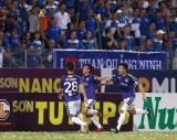 """V.League 2018: Hà Nội một mình """"cô đơn"""" trên đỉnh cao"""
