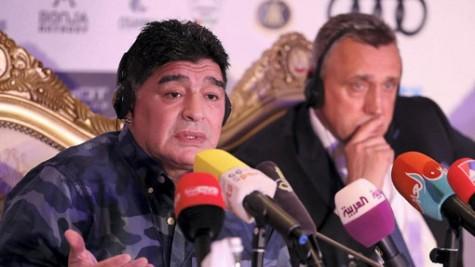 Thử thách cho Maradona
