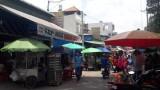 Chợ tự phát mọc trong hẻm Phạm Ngọc Thạch, gây cản trở giao thông