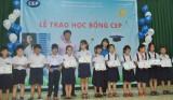 Cụm CEP Thủ Dầu Một và Thuận An: Trao hoc bổng cho học sinh nghèo học giỏi