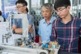 Phát huy vai trò đội ngũ trí thức khoa học - công nghệ trong phát triển kinh tế - xã hội