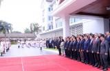Thượng cờ ASEAN tại Lào kỷ niệm 51 năm Ngày thành lập Hiệp hội