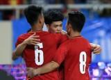 Olympic Việt Nam mặc trang phục đỏ khi đối đầu Olympic Pakistan
