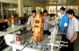 Trường Cao đẳng Nghề Việt Nam - Singapore: Mô hình trường chất lượng cao, hợp tác hiệu quả với doanh nghiệp