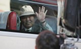 Bắt đầu đoàn tụ các gia đình ly tán bởi Chiến tranh Triều Tiên