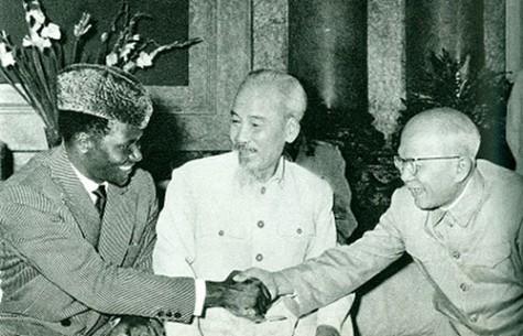 Chủ tịch Tôn Đức Thắng - Người chiến sĩ cộng sản kiên trung, mẫu mực -  Bài 3