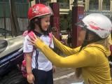 Bắt buộc đội mũ bảo hiểm đối với trẻ từ 6 tuổi: Tạo thói quen chấp hành pháp luật ngay từ nhỏ!