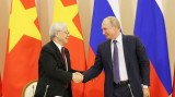 越共中央总书记阮富仲结束对俄罗斯进行的正式访问 启程访问匈牙利