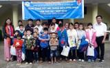 平阳省青年工人和年轻劳动者扶助中心为青年工人举行许多有意义的活动