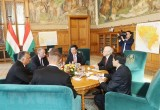 Việt Nam và Hungary tiến hành ký kết nhiều văn kiện hợp tác