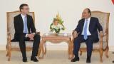 越南政府总理阮春福会见爱沙尼亚外交部长