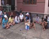 Đột kích bắt giữ 46 con bạc trong căn biệt thự