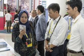 Hội chợ công nghệ cao: Tạo ấn tượng mạnh với khách tham quan
