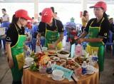 Nhiều hoạt động chăm lo cho lao động nữ