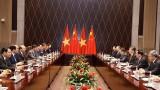越南政府总理阮春福会见中共中央总书记、中国国家主席习近平