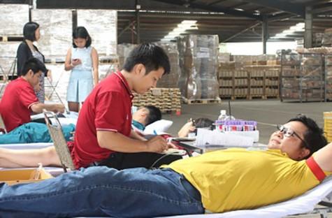 Tôn vinh công nhân lao động tình nguyện hiến máu