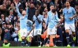 """Bóng đá Châu Âu: Món quà cho """"Man xanh"""""""