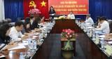 平阳省领导与中央竞赛奖励委员会检查、监察团举行工作会议