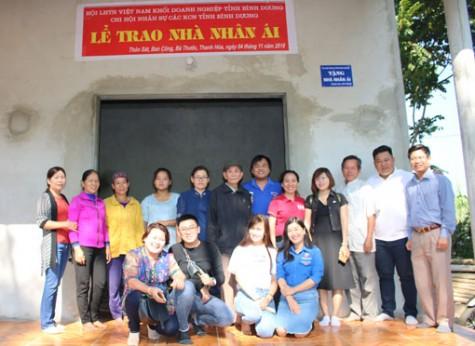 Đoàn khối Doanh nghiệp tỉnh: Trao nhà Nhân ái tại tỉnh Thanh Hóa