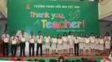 """Trường Trung - Tiểu học Việt Anh: Trao thưởng cho 26 giáo viên đạt giải hội thi """"Viên phấn trắng"""""""