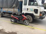 Tránh cuộn dây cáp, nữ sinh tử vong vì va chạm với xe tải