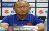 Ban tổ chức AFF Cup cần bảo vệ cầu thủ Việt Nam trước nạn chiếu tia Laser