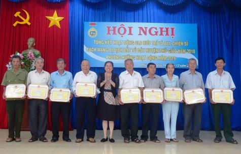 Phú Giáo: Thực hiện tốt công tác chăm lo các chiến sỹ cách mạng bị địch bắt tù đày