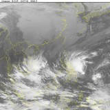 Sắp xuất hiện cơn bão kéo dài bất thường trên Biển Đông